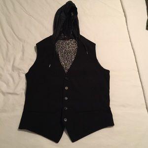 Men's small Uniqlo vest with detachable hoodie